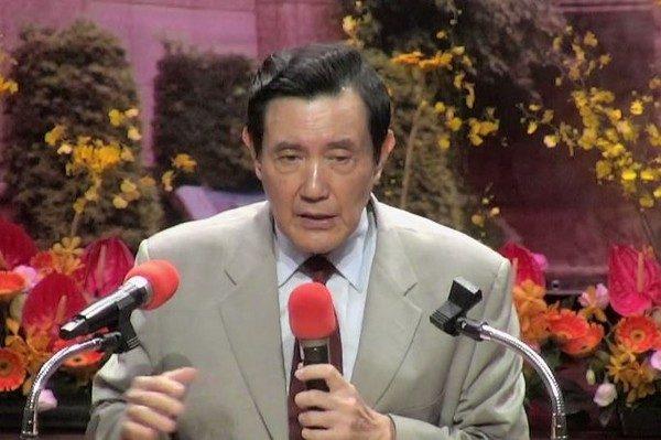台灣人英文能力慘輸中國香港!馬英九:台灣學生不夠用功。網友:「輸的只有英文嗎?」