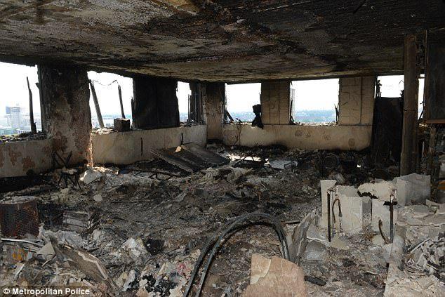 愛黛兒不只現身火災現場擁抱安慰民眾,還哭紅眼睛素顏感謝「救火英雄」!