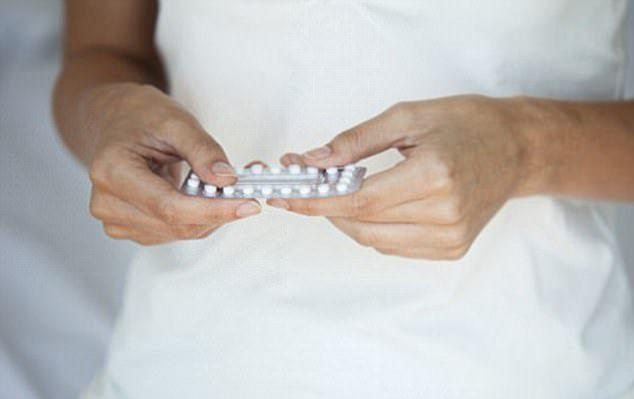 男生必須戴套!「女生避孕藥可怕副作用」比你想像中還恐怖!