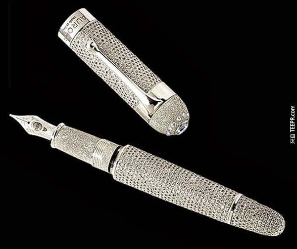 鋼筆: $4,500萬的 Aurora Diamante 鋼筆 (用這個來簽字應該會很爽...)