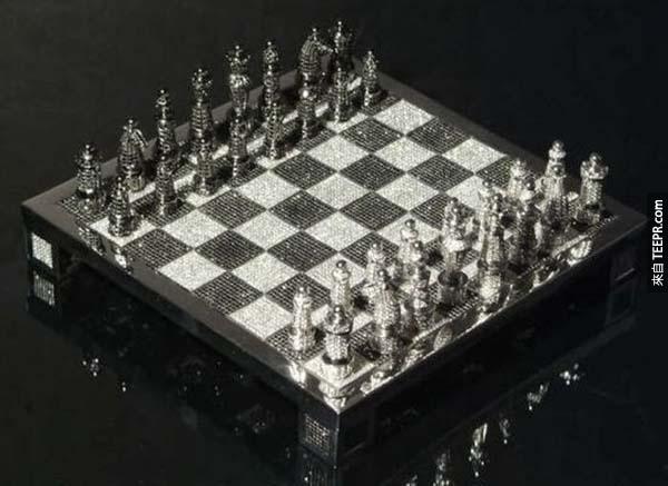 西洋棋盤: $3億的 Royale Diamond 西洋棋盤