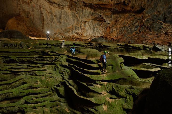 這是全世界最大的山洞。洞裡的景觀真的是讓人歎為觀止!大自然真的太了不起了!