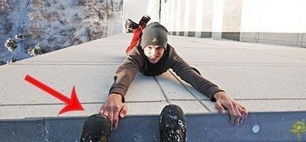 這就是全世界最危險的運動。我真不敢相信有人會這樣做。我光看都覺得腿軟!