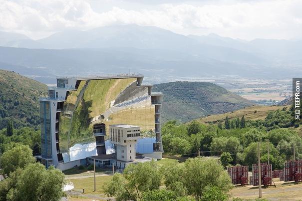 33. 太陽爐(Odeillo,法國)