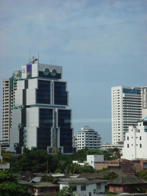 50. 亞洲的銀行大樓又名機器人(曼谷,泰國)