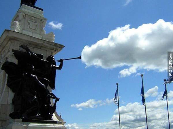 39.) 喇叭吹出雲,酷!