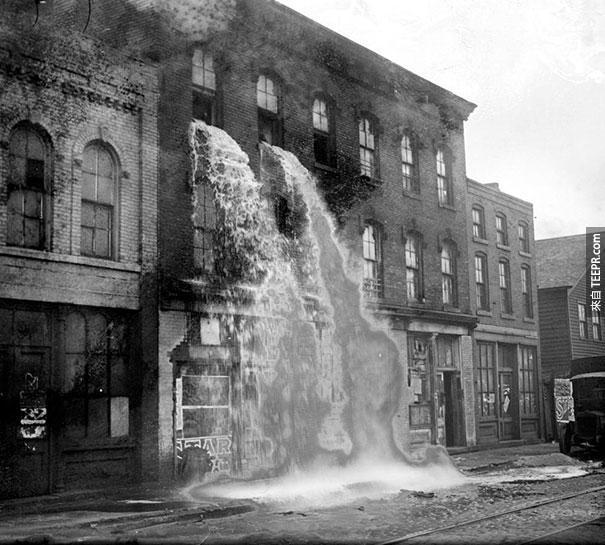 美國禁酒令時潑出窗外的非法酒 - 1929 底特律