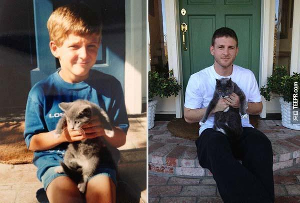 貓咪從小到大都很會擺姿勢。(17年後)