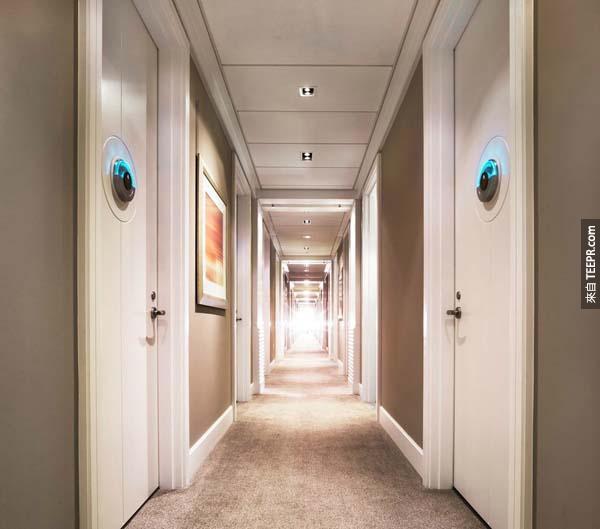"""走廊裡都是""""審查""""室..."""