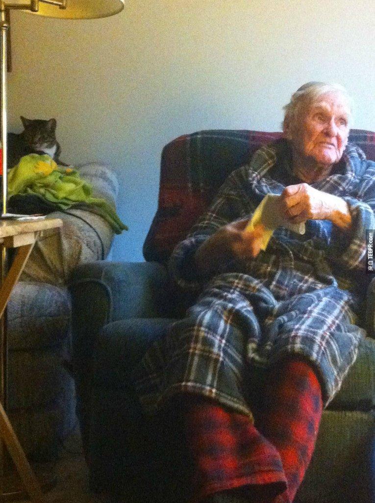這名96歲的老人花了15年不聲不響地親手打造這座小鎮。