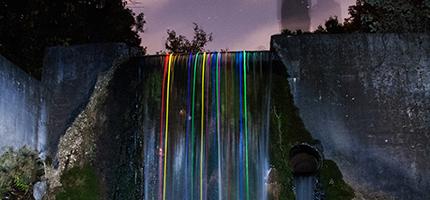 螢光棒瀑布