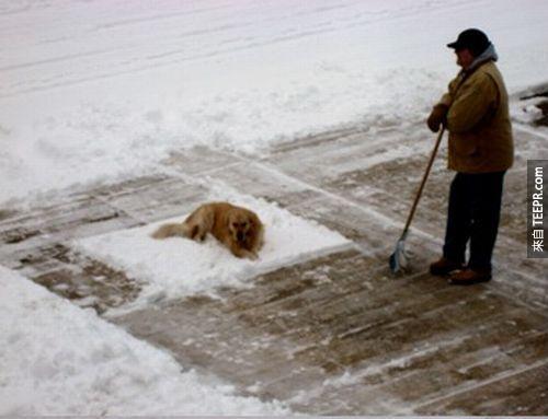 """5. """"喔...你想要鏟雪?太不好意思了喔。"""""""