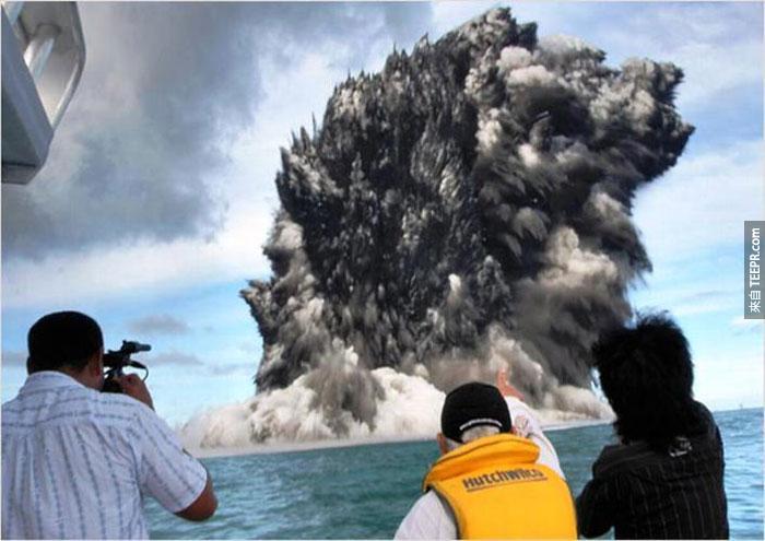 5)海底火山噴發洪阿湯加,2009(湯加島附近)