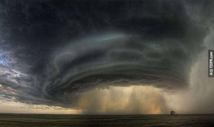 15)超級單體雷暴在蒙大拿州,2010(美國)