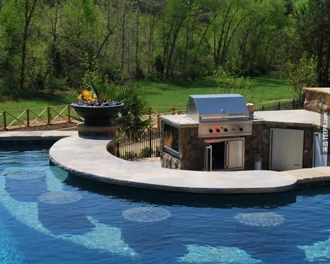 游泳池旁的BBQ烤肉區