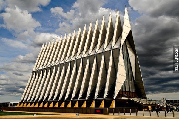 46. 軍校學生禮拜堂 (空軍學院,科羅拉多州,美國)