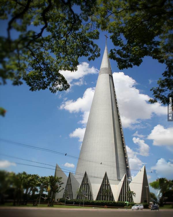 32. 馬林加大教堂 Cathedral of Maringa (巴拉那,巴西)