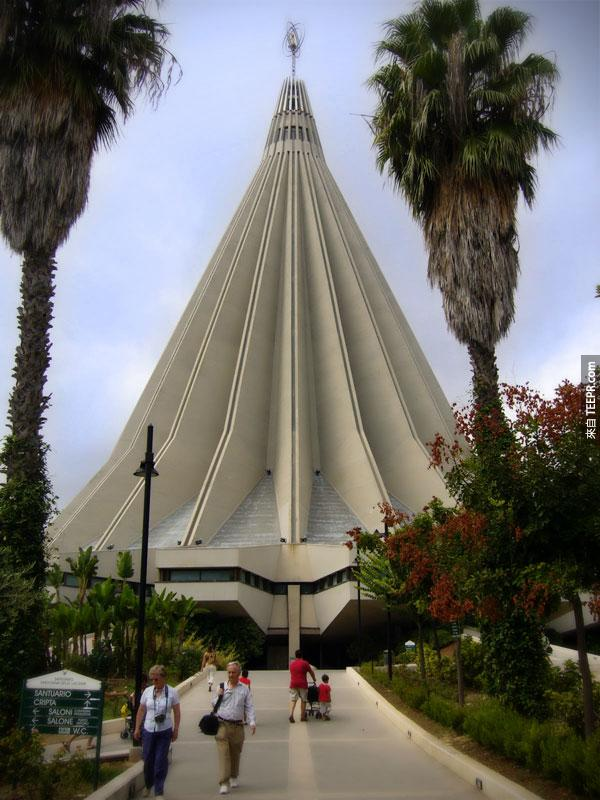 41. 淚聖母聖殿Santuario Madonna della Lacrime (西西里島,意大利)