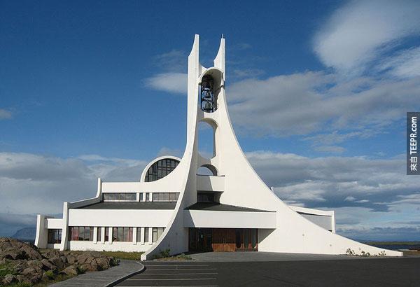50座長得最不可思議的教堂。#3也可以算是教堂嗎?!