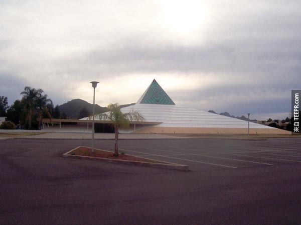 37. 潮流達人堂Trendsetters Church (鳳凰城,亞利桑那州,美國)