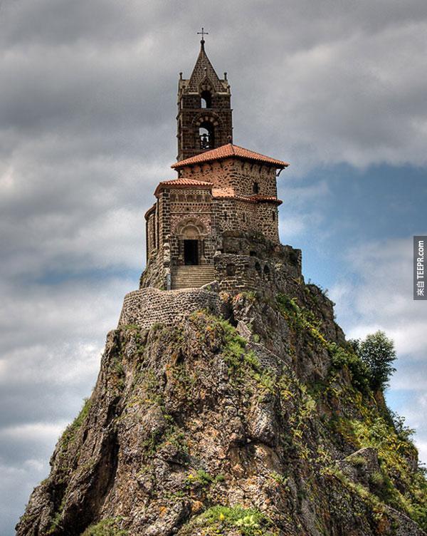 40. 聖米歇爾教堂 Saint-Michel d'Aiguilhe chapel (勒皮 - 勒皮昂沃萊,法國)