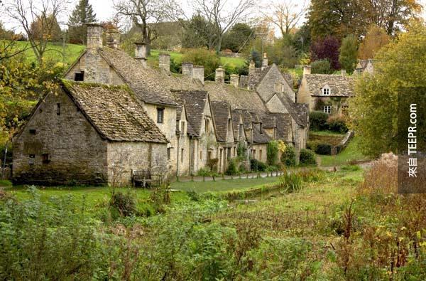 12.) 英國,Bibury (Bibury, England) - 英國最美麗的村莊。