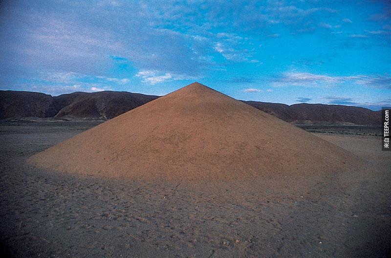 外星人到底想跟我們說什麼?怎麼會有這麼龐大的沙漠圖形!