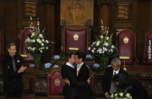 Peter McGraith and David Cabreza got married on the stroke of midnight at Islington Town Hall.