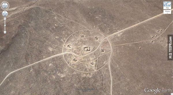 19.) 另一個在內華達州的奇怪圖形 (37.401573, -116.867808) 內華達州,美國