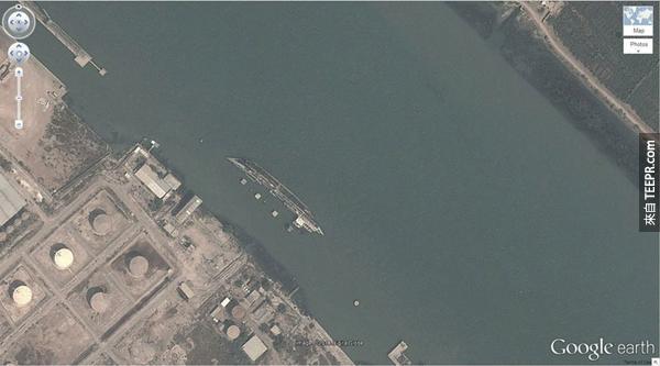 21.) 沉掉的船 (30.541634, 47.825445) Basrah,伊拉克
