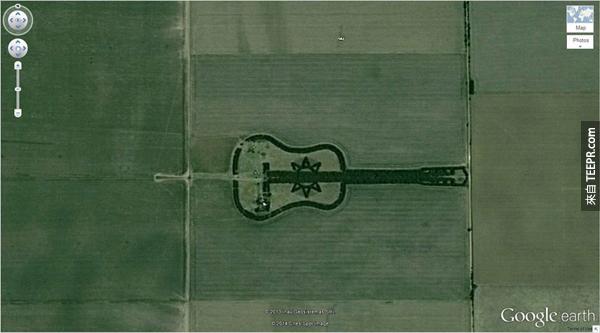 9.) 一個吉他形狀的森林 (-33.867886, -63.987) 科爾多瓦,阿根廷