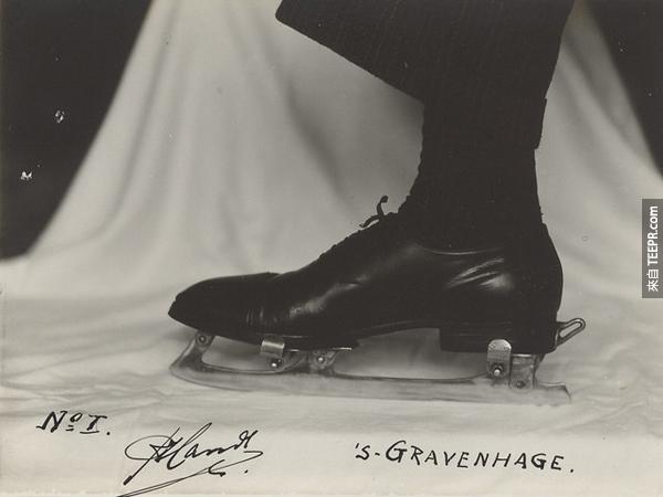 13.) 可夾上的冰刀片。任何鞋子大小都通用。