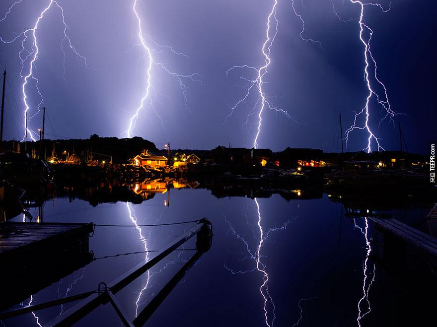 "北歐國際獎: ""閃電"" (Lightning) by Lise Sundberg, 3rd place, 2014 Sony World Photography Awards"