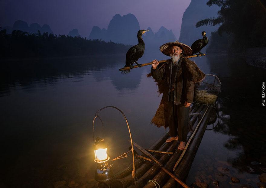 """澳洲國際獎: """"回家""""(Going Home) by Neville Jones, Australia, 1st Place, 2014 Sony World Photography Awards"""