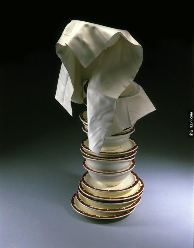 tom eckert wood cloth sculptures hyperrealistic (11)