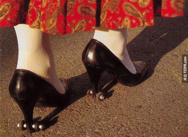 3.) 幫助一開始練習穿高跟鞋的人的鞋子。看起來很好玩耶!