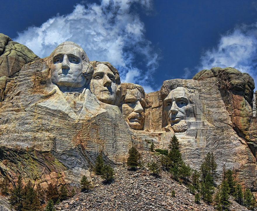 8. 拉什莫爾山 (Mount Rushmore)