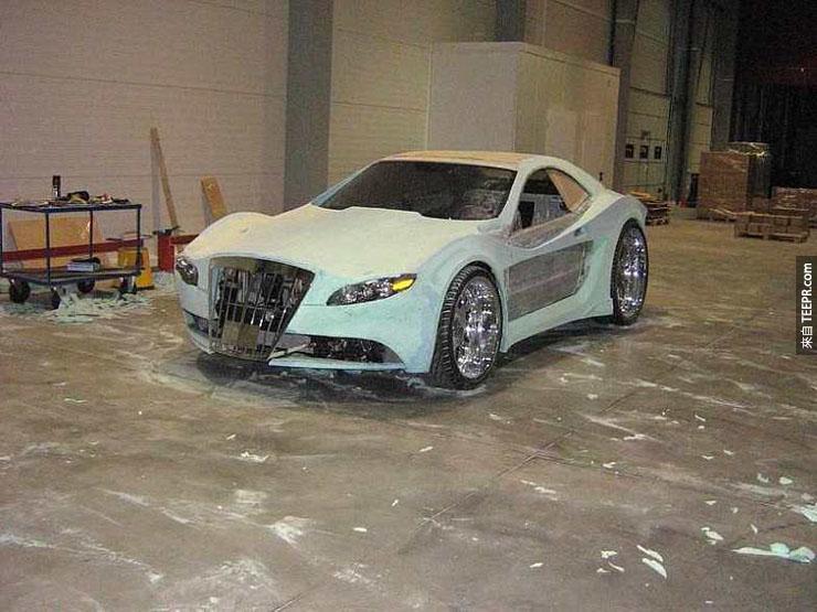 這個神奇泡沫可以把你的普通車子變成法拉利!