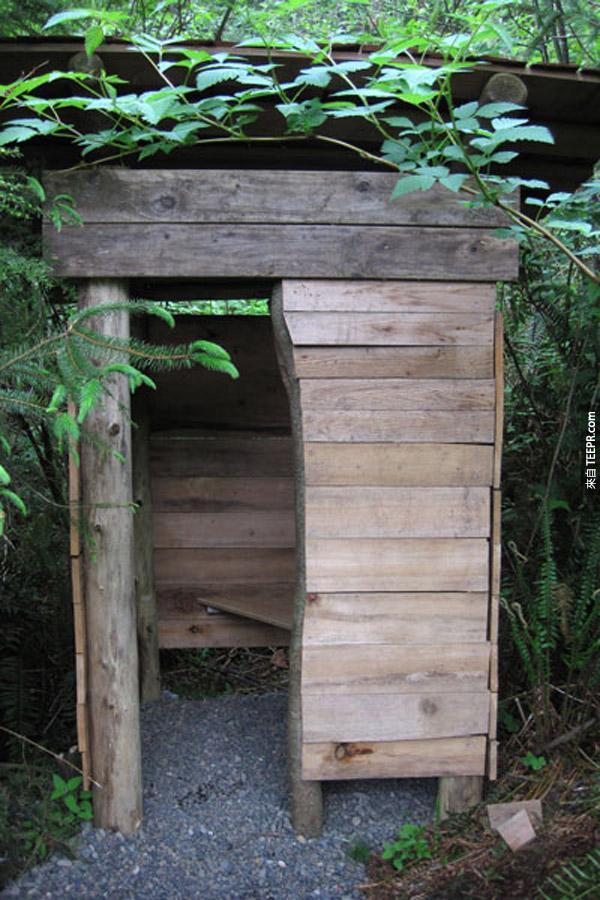 木屋不配一个外屋怎么行?