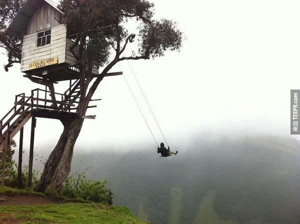 21.) 全世界最恐怖的懸崖鞦韆 (厄瓜多Banos)