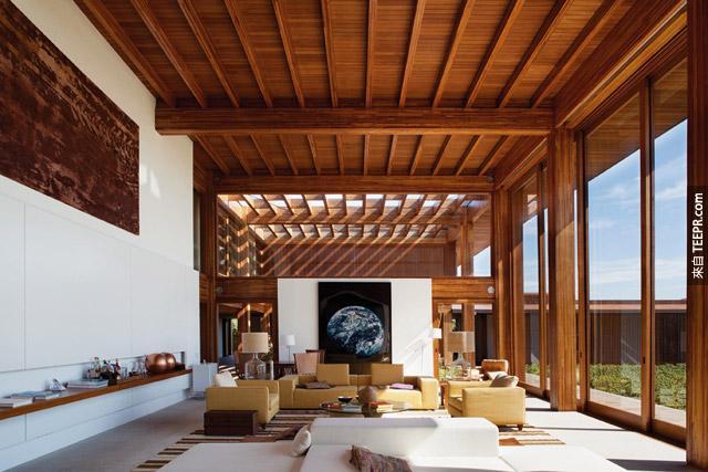 這個空間好眼熟...難道是我夢中的客廳?!