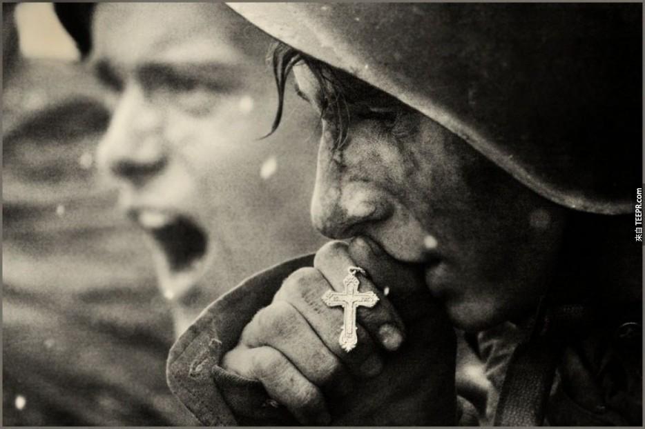 這60張照片就是我們人類歷史裡的最具代表照。看完後我感動到哭了...