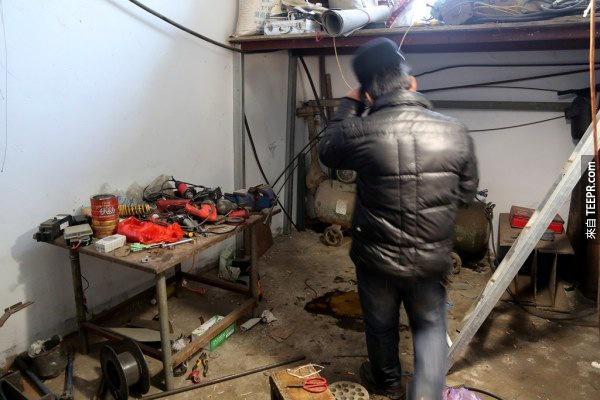 這名50歲的男子花了6個月建造一個可以幫自己孫子去上學的工具。