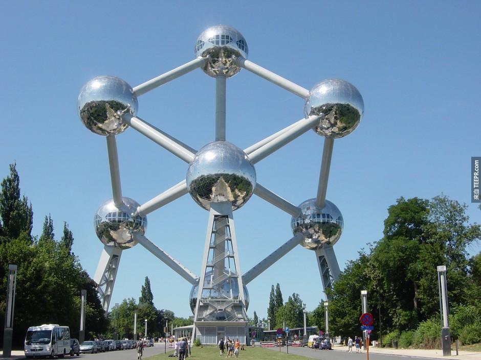 1)原子塔 - 布魯塞爾