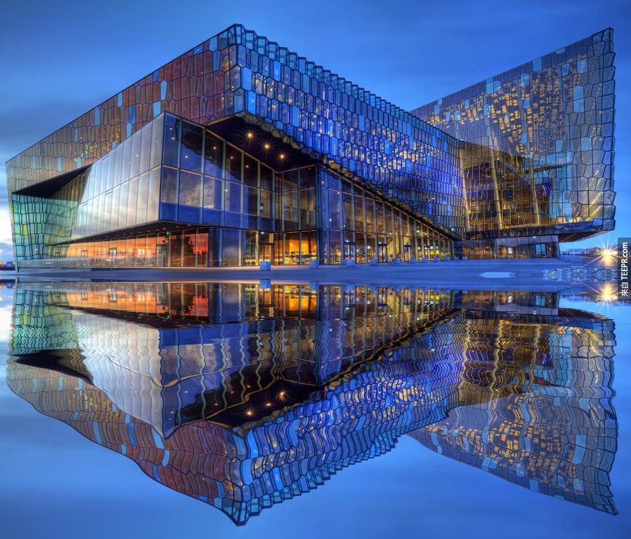 30)哈帕音樂廳 - 雷克雅未克,冰島