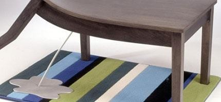 這些會是你見過最有「性格」的家具。特別是那張會撒尿的桌子。