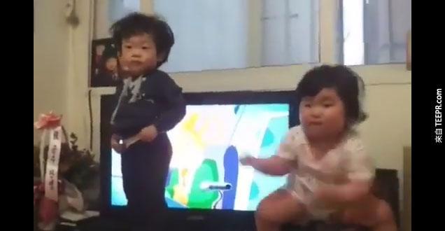 小韓國女生跳超可愛的舞