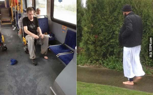 42.) 一位男子在公車上將自己鞋子贈送給無家可歸的人,而自己則打赤膊。