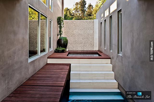 avicii's hollywood house for sale