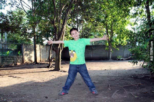 到目前為止,沒有一家動物福利組織像Ken一樣開始行動,因此,這位9歲男孩所創立的幸福動物俱樂部將會是民答那峨島(Mindanao)第一個將動物從鬼門關救回來並且不安樂死的收容中心,而且它是非營利的。